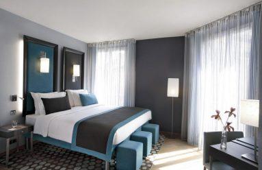 серый и синий в спальне фото