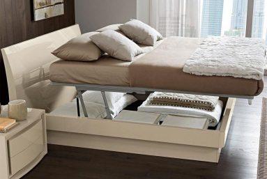 Кровать для небольшой спальни