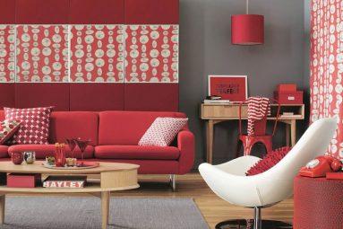 Сочетание красного и серого в гостиной