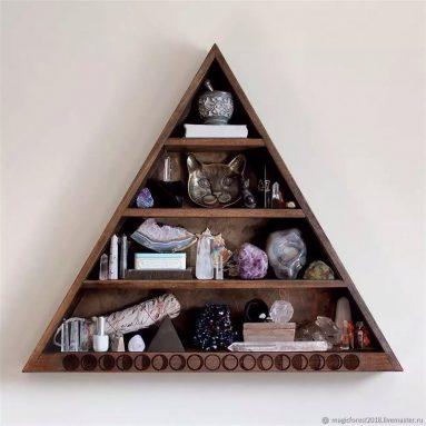 Треугольные полки