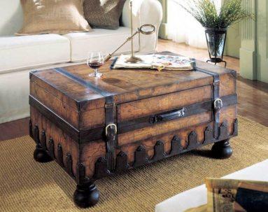 Декоративный деревянный сундук