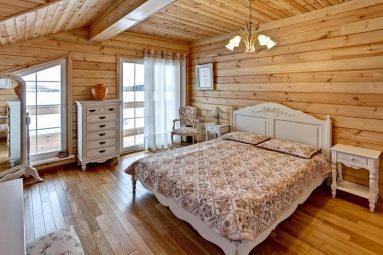 Спальня в дачном доме