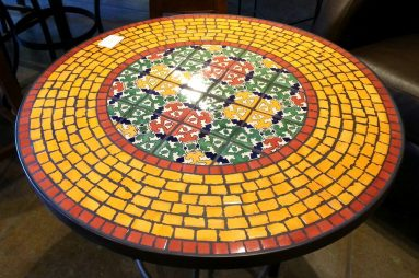 Мозаика на столе